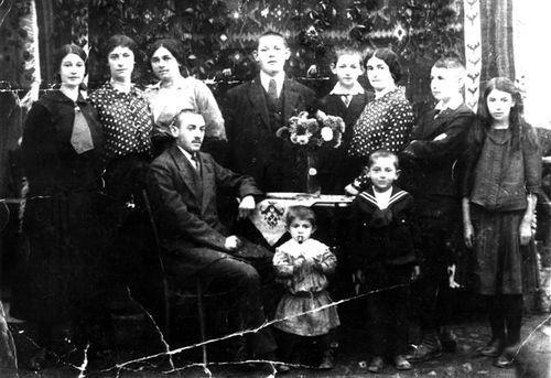 Elazar-porodica